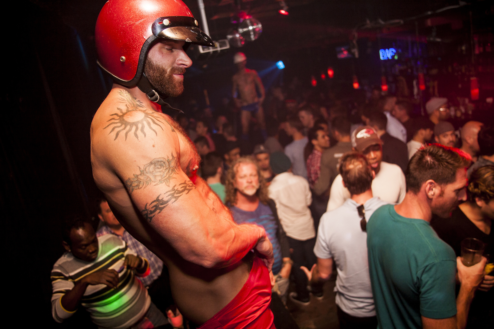 gay sex clubs in chicago il