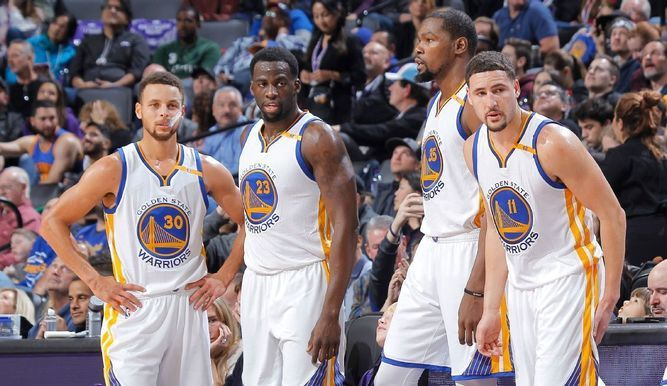 Warriors llegan a 14 victorias consecutivas en la NBA