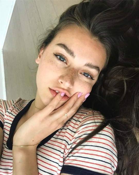 Megapost Jessica Clements