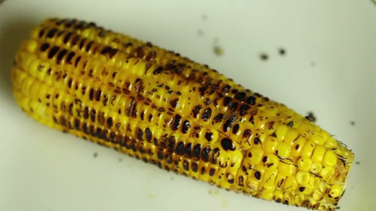 Como cocinar elotes (How to Cook Corn on the Cob)