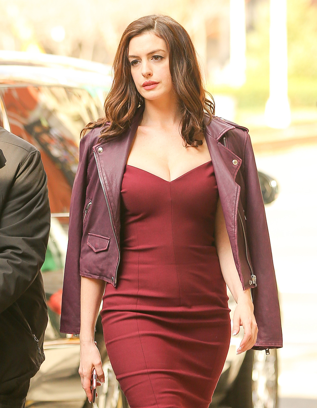 Anne Hathaway look