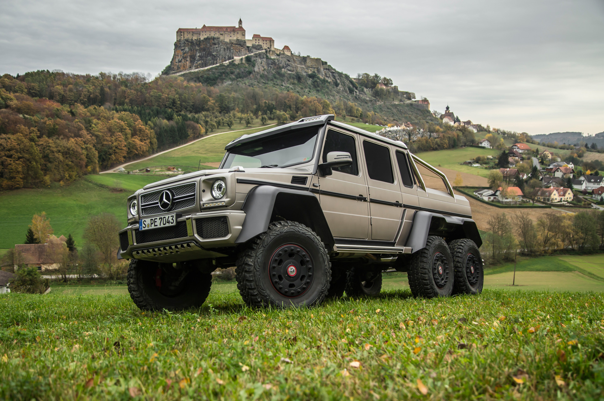 Mercedes benz 6x6 g63 amg el todoterreno mas brutal for Mercedes benz g63 6x6 amg