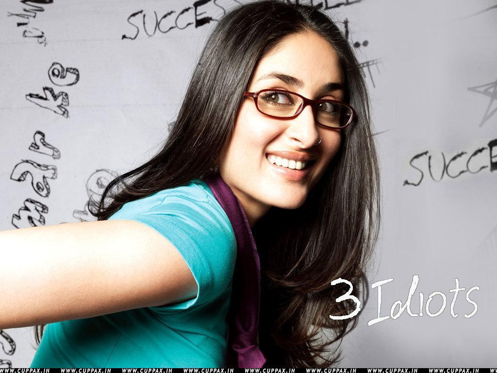 Zoobi doobi 3 idiots full song feat aamir khan kareena kapoor - 2 6
